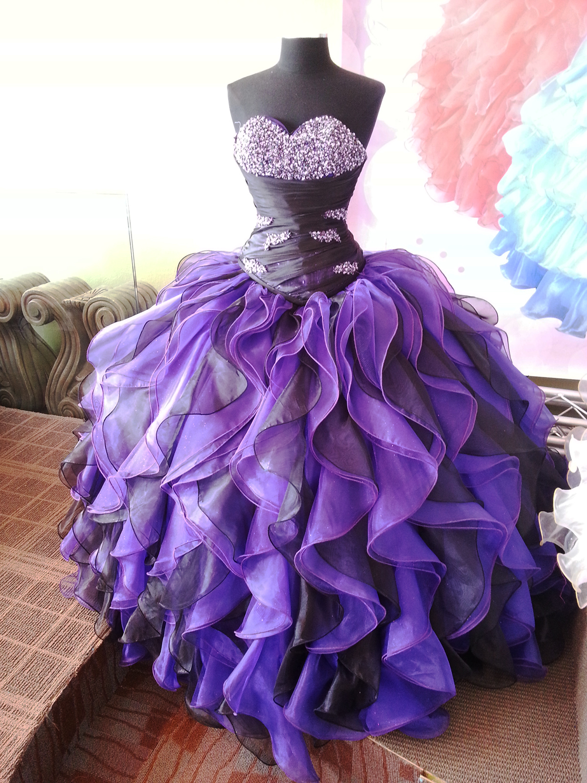 How to Plan a Quince Anos Party | Quinceanera Dresses