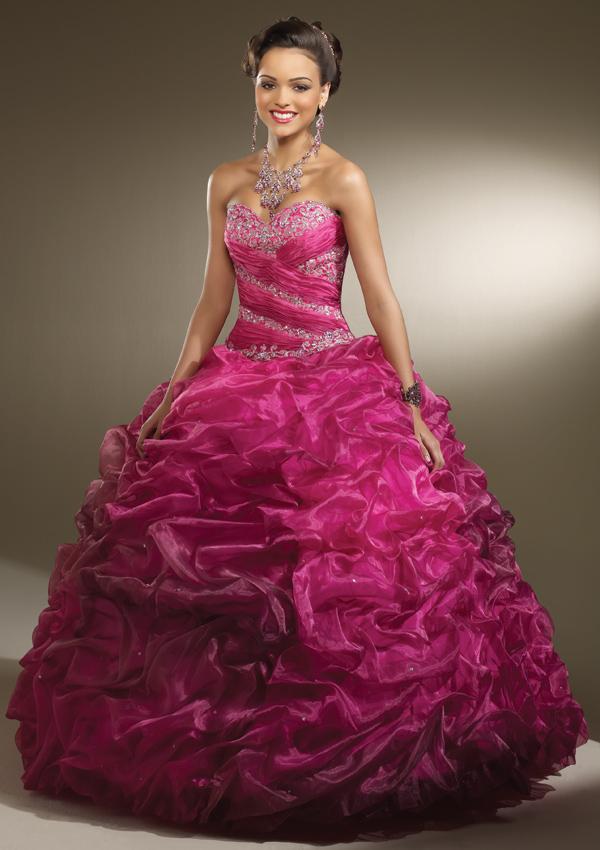 Parisina Bridal | My San Antonio Quinceanera